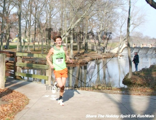 Share The Holiday Spirit 5K Run/Walk<br><br><br><br><a href='https://www.trisportsevents.com/pics/12_Hoilday_Spirit_5K_283.JPG' download='12_Hoilday_Spirit_5K_283.JPG'>Click here to download.</a><Br><a href='http://www.facebook.com/sharer.php?u=http:%2F%2Fwww.trisportsevents.com%2Fpics%2F12_Hoilday_Spirit_5K_283.JPG&t=Share The Holiday Spirit 5K Run/Walk' target='_blank'><img src='images/fb_share.png' width='100'></a>