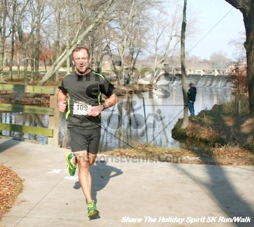 Share The Holiday Spirit 5K Run/Walk<br><br><br><br><a href='https://www.trisportsevents.com/pics/12_Hoilday_Spirit_5K_288.JPG' download='12_Hoilday_Spirit_5K_288.JPG'>Click here to download.</a><Br><a href='http://www.facebook.com/sharer.php?u=http:%2F%2Fwww.trisportsevents.com%2Fpics%2F12_Hoilday_Spirit_5K_288.JPG&t=Share The Holiday Spirit 5K Run/Walk' target='_blank'><img src='images/fb_share.png' width='100'></a>