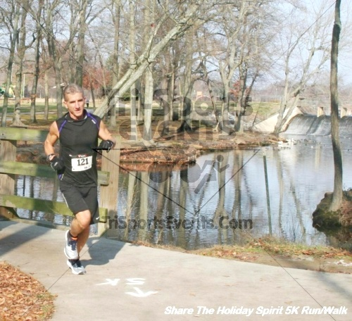 Share The Holiday Spirit 5K Run/Walk<br><br><br><br><a href='http://www.trisportsevents.com/pics/12_Hoilday_Spirit_5K_289.JPG' download='12_Hoilday_Spirit_5K_289.JPG'>Click here to download.</a><Br><a href='http://www.facebook.com/sharer.php?u=http:%2F%2Fwww.trisportsevents.com%2Fpics%2F12_Hoilday_Spirit_5K_289.JPG&t=Share The Holiday Spirit 5K Run/Walk' target='_blank'><img src='images/fb_share.png' width='100'></a>