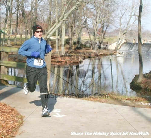 Share The Holiday Spirit 5K Run/Walk<br><br><br><br><a href='http://www.trisportsevents.com/pics/12_Hoilday_Spirit_5K_290.JPG' download='12_Hoilday_Spirit_5K_290.JPG'>Click here to download.</a><Br><a href='http://www.facebook.com/sharer.php?u=http:%2F%2Fwww.trisportsevents.com%2Fpics%2F12_Hoilday_Spirit_5K_290.JPG&t=Share The Holiday Spirit 5K Run/Walk' target='_blank'><img src='images/fb_share.png' width='100'></a>
