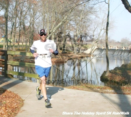 Share The Holiday Spirit 5K Run/Walk<br><br><br><br><a href='http://www.trisportsevents.com/pics/12_Hoilday_Spirit_5K_292.JPG' download='12_Hoilday_Spirit_5K_292.JPG'>Click here to download.</a><Br><a href='http://www.facebook.com/sharer.php?u=http:%2F%2Fwww.trisportsevents.com%2Fpics%2F12_Hoilday_Spirit_5K_292.JPG&t=Share The Holiday Spirit 5K Run/Walk' target='_blank'><img src='images/fb_share.png' width='100'></a>