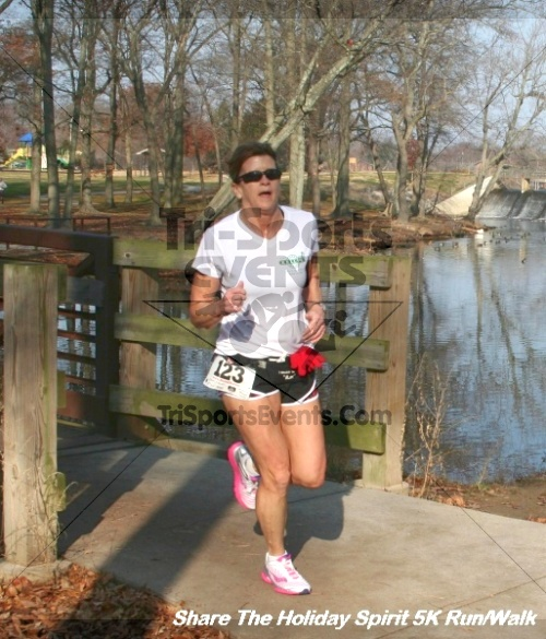Share The Holiday Spirit 5K Run/Walk<br><br><br><br><a href='https://www.trisportsevents.com/pics/12_Hoilday_Spirit_5K_295.JPG' download='12_Hoilday_Spirit_5K_295.JPG'>Click here to download.</a><Br><a href='http://www.facebook.com/sharer.php?u=http:%2F%2Fwww.trisportsevents.com%2Fpics%2F12_Hoilday_Spirit_5K_295.JPG&t=Share The Holiday Spirit 5K Run/Walk' target='_blank'><img src='images/fb_share.png' width='100'></a>