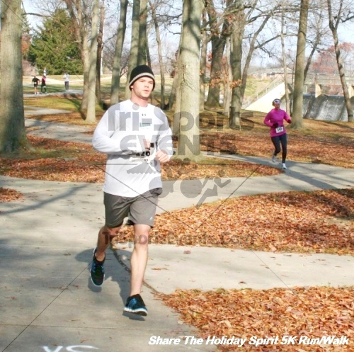 Share The Holiday Spirit 5K Run/Walk<br><br><br><br><a href='https://www.trisportsevents.com/pics/12_Hoilday_Spirit_5K_298.JPG' download='12_Hoilday_Spirit_5K_298.JPG'>Click here to download.</a><Br><a href='http://www.facebook.com/sharer.php?u=http:%2F%2Fwww.trisportsevents.com%2Fpics%2F12_Hoilday_Spirit_5K_298.JPG&t=Share The Holiday Spirit 5K Run/Walk' target='_blank'><img src='images/fb_share.png' width='100'></a>