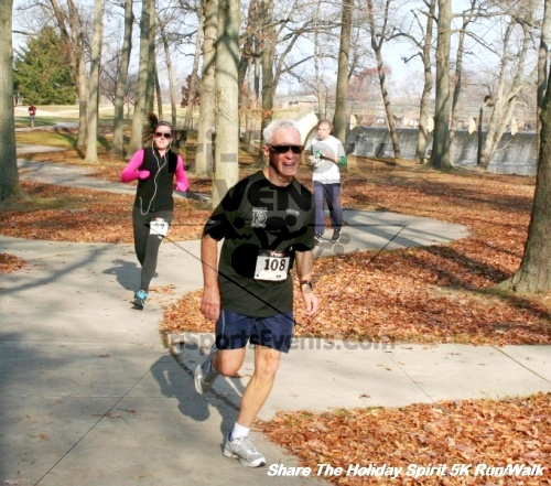Share The Holiday Spirit 5K Run/Walk<br><br><br><br><a href='http://www.trisportsevents.com/pics/12_Hoilday_Spirit_5K_301.JPG' download='12_Hoilday_Spirit_5K_301.JPG'>Click here to download.</a><Br><a href='http://www.facebook.com/sharer.php?u=http:%2F%2Fwww.trisportsevents.com%2Fpics%2F12_Hoilday_Spirit_5K_301.JPG&t=Share The Holiday Spirit 5K Run/Walk' target='_blank'><img src='images/fb_share.png' width='100'></a>