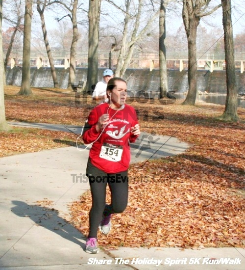 Share The Holiday Spirit 5K Run/Walk<br><br><br><br><a href='http://www.trisportsevents.com/pics/12_Hoilday_Spirit_5K_310.JPG' download='12_Hoilday_Spirit_5K_310.JPG'>Click here to download.</a><Br><a href='http://www.facebook.com/sharer.php?u=http:%2F%2Fwww.trisportsevents.com%2Fpics%2F12_Hoilday_Spirit_5K_310.JPG&t=Share The Holiday Spirit 5K Run/Walk' target='_blank'><img src='images/fb_share.png' width='100'></a>