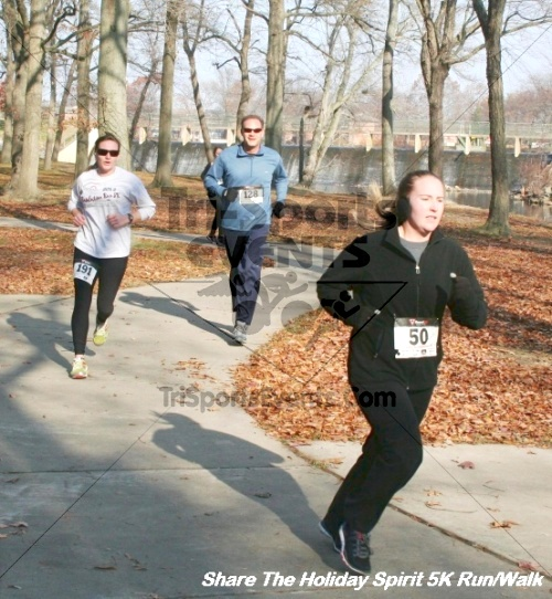 Share The Holiday Spirit 5K Run/Walk<br><br><br><br><a href='http://www.trisportsevents.com/pics/12_Hoilday_Spirit_5K_312.JPG' download='12_Hoilday_Spirit_5K_312.JPG'>Click here to download.</a><Br><a href='http://www.facebook.com/sharer.php?u=http:%2F%2Fwww.trisportsevents.com%2Fpics%2F12_Hoilday_Spirit_5K_312.JPG&t=Share The Holiday Spirit 5K Run/Walk' target='_blank'><img src='images/fb_share.png' width='100'></a>