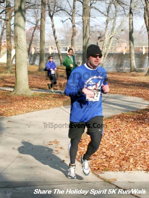 Share The Holiday Spirit 5K Run/Walk<br><br><br><br><a href='http://www.trisportsevents.com/pics/12_Hoilday_Spirit_5K_316.JPG' download='12_Hoilday_Spirit_5K_316.JPG'>Click here to download.</a><Br><a href='http://www.facebook.com/sharer.php?u=http:%2F%2Fwww.trisportsevents.com%2Fpics%2F12_Hoilday_Spirit_5K_316.JPG&t=Share The Holiday Spirit 5K Run/Walk' target='_blank'><img src='images/fb_share.png' width='100'></a>