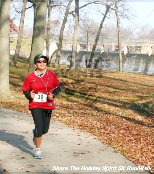 Share The Holiday Spirit 5K Run/Walk<br><br><br><br><a href='https://www.trisportsevents.com/pics/12_Hoilday_Spirit_5K_326.JPG' download='12_Hoilday_Spirit_5K_326.JPG'>Click here to download.</a><Br><a href='http://www.facebook.com/sharer.php?u=http:%2F%2Fwww.trisportsevents.com%2Fpics%2F12_Hoilday_Spirit_5K_326.JPG&t=Share The Holiday Spirit 5K Run/Walk' target='_blank'><img src='images/fb_share.png' width='100'></a>