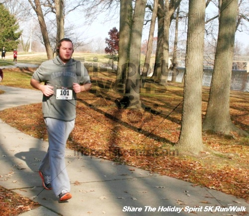 Share The Holiday Spirit 5K Run/Walk<br><br><br><br><a href='https://www.trisportsevents.com/pics/12_Hoilday_Spirit_5K_327.JPG' download='12_Hoilday_Spirit_5K_327.JPG'>Click here to download.</a><Br><a href='http://www.facebook.com/sharer.php?u=http:%2F%2Fwww.trisportsevents.com%2Fpics%2F12_Hoilday_Spirit_5K_327.JPG&t=Share The Holiday Spirit 5K Run/Walk' target='_blank'><img src='images/fb_share.png' width='100'></a>