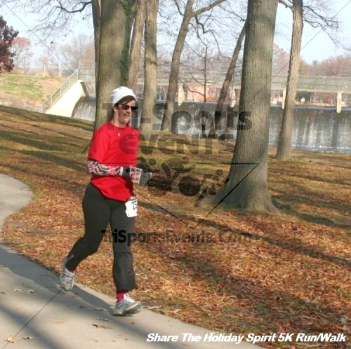 Share The Holiday Spirit 5K Run/Walk<br><br><br><br><a href='http://www.trisportsevents.com/pics/12_Hoilday_Spirit_5K_329.JPG' download='12_Hoilday_Spirit_5K_329.JPG'>Click here to download.</a><Br><a href='http://www.facebook.com/sharer.php?u=http:%2F%2Fwww.trisportsevents.com%2Fpics%2F12_Hoilday_Spirit_5K_329.JPG&t=Share The Holiday Spirit 5K Run/Walk' target='_blank'><img src='images/fb_share.png' width='100'></a>