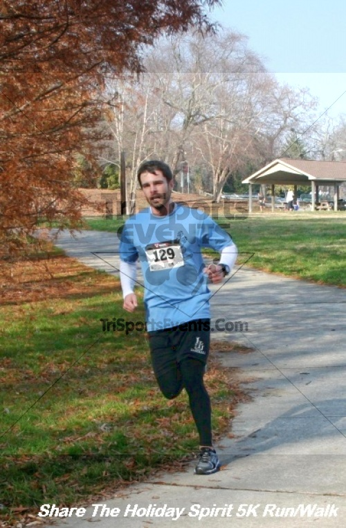 Share The Holiday Spirit 5K Run/Walk<br><br><br><br><a href='https://www.trisportsevents.com/pics/12_Hoilday_Spirit_5K_341.JPG' download='12_Hoilday_Spirit_5K_341.JPG'>Click here to download.</a><Br><a href='http://www.facebook.com/sharer.php?u=http:%2F%2Fwww.trisportsevents.com%2Fpics%2F12_Hoilday_Spirit_5K_341.JPG&t=Share The Holiday Spirit 5K Run/Walk' target='_blank'><img src='images/fb_share.png' width='100'></a>