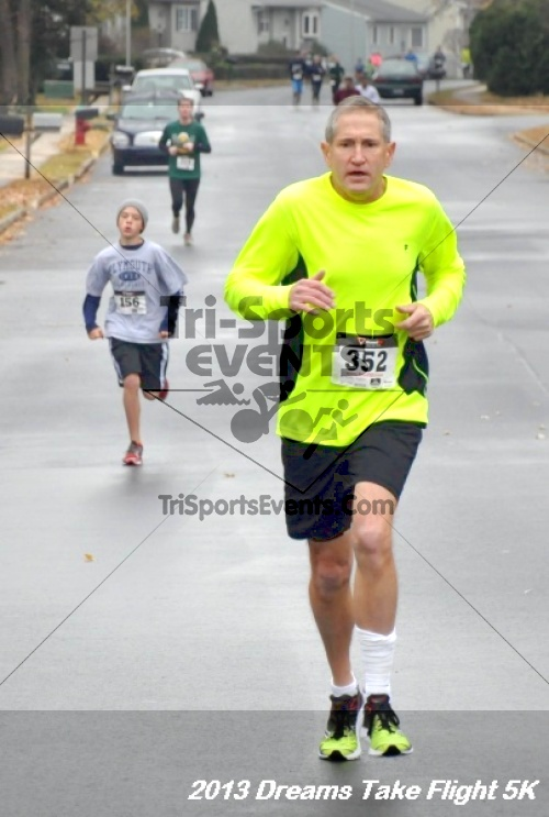 Dreams Take Flight 5K<br><br><br><br><a href='http://www.trisportsevents.com/pics/12_KBCPF_5K_010.JPG' download='12_KBCPF_5K_010.JPG'>Click here to download.</a><Br><a href='http://www.facebook.com/sharer.php?u=http:%2F%2Fwww.trisportsevents.com%2Fpics%2F12_KBCPF_5K_010.JPG&t=Dreams Take Flight 5K' target='_blank'><img src='images/fb_share.png' width='100'></a>