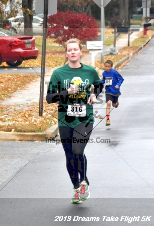 Dreams Take Flight 5K<br><br><br><br><a href='http://www.trisportsevents.com/pics/12_KBCPF_5K_012.JPG' download='12_KBCPF_5K_012.JPG'>Click here to download.</a><Br><a href='http://www.facebook.com/sharer.php?u=http:%2F%2Fwww.trisportsevents.com%2Fpics%2F12_KBCPF_5K_012.JPG&t=Dreams Take Flight 5K' target='_blank'><img src='images/fb_share.png' width='100'></a>