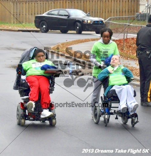 Dreams Take Flight 5K<br><br><br><br><a href='http://www.trisportsevents.com/pics/12_KBCPF_5K_041.JPG' download='12_KBCPF_5K_041.JPG'>Click here to download.</a><Br><a href='http://www.facebook.com/sharer.php?u=http:%2F%2Fwww.trisportsevents.com%2Fpics%2F12_KBCPF_5K_041.JPG&t=Dreams Take Flight 5K' target='_blank'><img src='images/fb_share.png' width='100'></a>