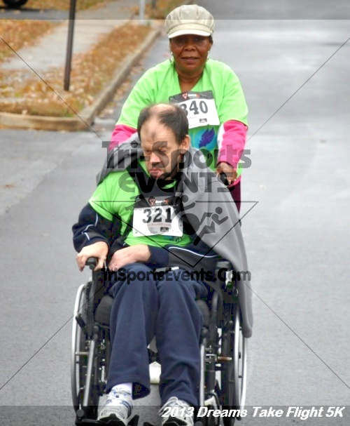 Dreams Take Flight 5K<br><br><br><br><a href='http://www.trisportsevents.com/pics/12_KBCPF_5K_046.JPG' download='12_KBCPF_5K_046.JPG'>Click here to download.</a><Br><a href='http://www.facebook.com/sharer.php?u=http:%2F%2Fwww.trisportsevents.com%2Fpics%2F12_KBCPF_5K_046.JPG&t=Dreams Take Flight 5K' target='_blank'><img src='images/fb_share.png' width='100'></a>