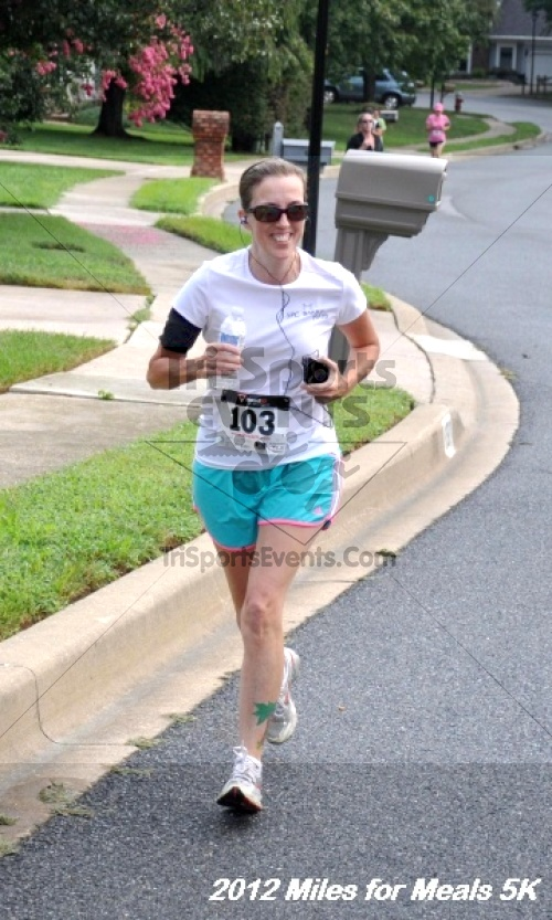 Miles for Meals 5K Run/Walk<br><br><br><br><a href='http://www.trisportsevents.com/pics/12_Miles_for_Meals_022.JPG' download='12_Miles_for_Meals_022.JPG'>Click here to download.</a><Br><a href='http://www.facebook.com/sharer.php?u=http:%2F%2Fwww.trisportsevents.com%2Fpics%2F12_Miles_for_Meals_022.JPG&t=Miles for Meals 5K Run/Walk' target='_blank'><img src='images/fb_share.png' width='100'></a>