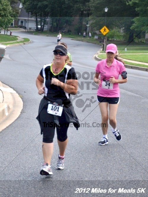 Miles for Meals 5K Run/Walk<br><br><br><br><a href='http://www.trisportsevents.com/pics/12_Miles_for_Meals_025.JPG' download='12_Miles_for_Meals_025.JPG'>Click here to download.</a><Br><a href='http://www.facebook.com/sharer.php?u=http:%2F%2Fwww.trisportsevents.com%2Fpics%2F12_Miles_for_Meals_025.JPG&t=Miles for Meals 5K Run/Walk' target='_blank'><img src='images/fb_share.png' width='100'></a>