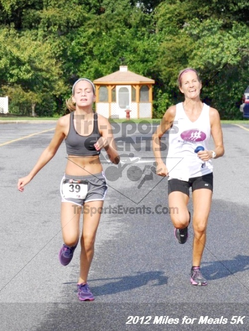 Miles for Meals 5K Run/Walk<br><br><br><br><a href='http://www.trisportsevents.com/pics/12_Miles_for_Meals_056.JPG' download='12_Miles_for_Meals_056.JPG'>Click here to download.</a><Br><a href='http://www.facebook.com/sharer.php?u=http:%2F%2Fwww.trisportsevents.com%2Fpics%2F12_Miles_for_Meals_056.JPG&t=Miles for Meals 5K Run/Walk' target='_blank'><img src='images/fb_share.png' width='100'></a>
