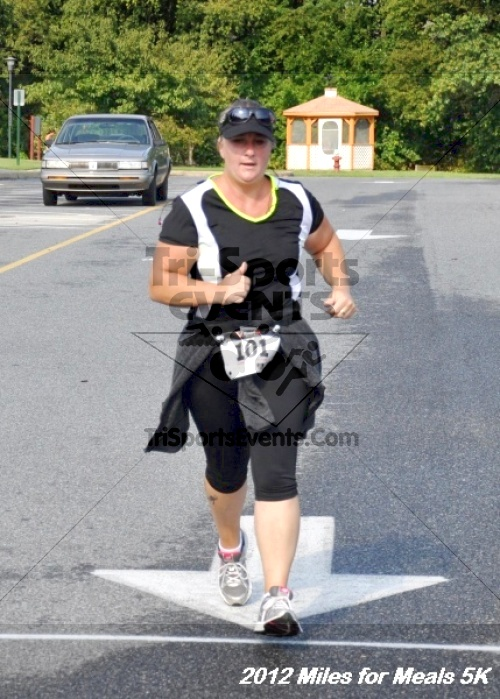 Miles for Meals 5K Run/Walk<br><br><br><br><a href='http://www.trisportsevents.com/pics/12_Miles_for_Meals_068.JPG' download='12_Miles_for_Meals_068.JPG'>Click here to download.</a><Br><a href='http://www.facebook.com/sharer.php?u=http:%2F%2Fwww.trisportsevents.com%2Fpics%2F12_Miles_for_Meals_068.JPG&t=Miles for Meals 5K Run/Walk' target='_blank'><img src='images/fb_share.png' width='100'></a>