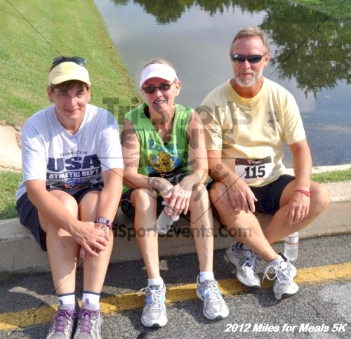 Miles for Meals 5K Run/Walk<br><br><br><br><a href='http://www.trisportsevents.com/pics/12_Miles_for_Meals_081.JPG' download='12_Miles_for_Meals_081.JPG'>Click here to download.</a><Br><a href='http://www.facebook.com/sharer.php?u=http:%2F%2Fwww.trisportsevents.com%2Fpics%2F12_Miles_for_Meals_081.JPG&t=Miles for Meals 5K Run/Walk' target='_blank'><img src='images/fb_share.png' width='100'></a>