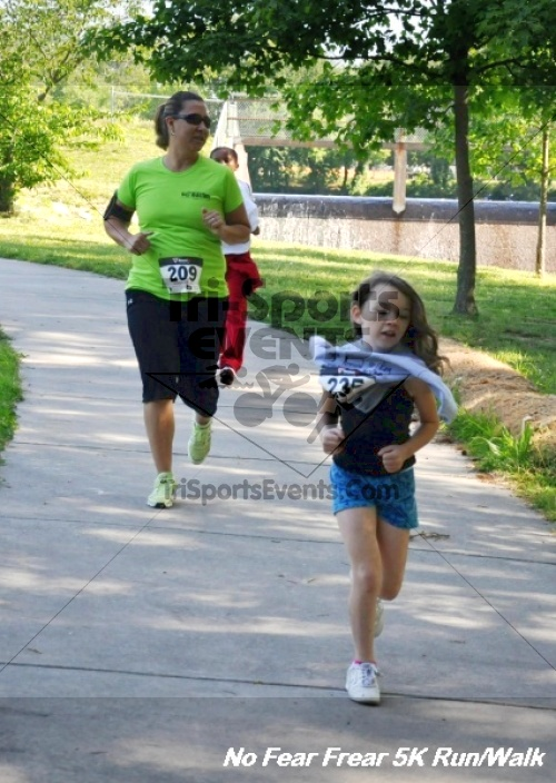 No Fear Frear 5K Run/Walk<br><br><br><br><a href='http://www.trisportsevents.com/pics/12_No_Fear_Frear_5K_144.JPG' download='12_No_Fear_Frear_5K_144.JPG'>Click here to download.</a><Br><a href='http://www.facebook.com/sharer.php?u=http:%2F%2Fwww.trisportsevents.com%2Fpics%2F12_No_Fear_Frear_5K_144.JPG&t=No Fear Frear 5K Run/Walk' target='_blank'><img src='images/fb_share.png' width='100'></a>