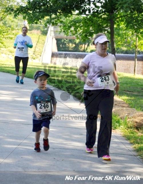 No Fear Frear 5K Run/Walk<br><br><br><br><a href='http://www.trisportsevents.com/pics/12_No_Fear_Frear_5K_147.JPG' download='12_No_Fear_Frear_5K_147.JPG'>Click here to download.</a><Br><a href='http://www.facebook.com/sharer.php?u=http:%2F%2Fwww.trisportsevents.com%2Fpics%2F12_No_Fear_Frear_5K_147.JPG&t=No Fear Frear 5K Run/Walk' target='_blank'><img src='images/fb_share.png' width='100'></a>