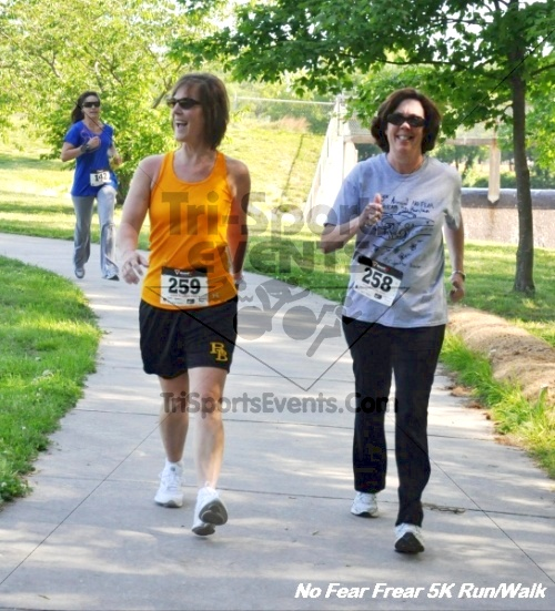 No Fear Frear 5K Run/Walk<br><br><br><br><a href='http://www.trisportsevents.com/pics/12_No_Fear_Frear_5K_159.JPG' download='12_No_Fear_Frear_5K_159.JPG'>Click here to download.</a><Br><a href='http://www.facebook.com/sharer.php?u=http:%2F%2Fwww.trisportsevents.com%2Fpics%2F12_No_Fear_Frear_5K_159.JPG&t=No Fear Frear 5K Run/Walk' target='_blank'><img src='images/fb_share.png' width='100'></a>