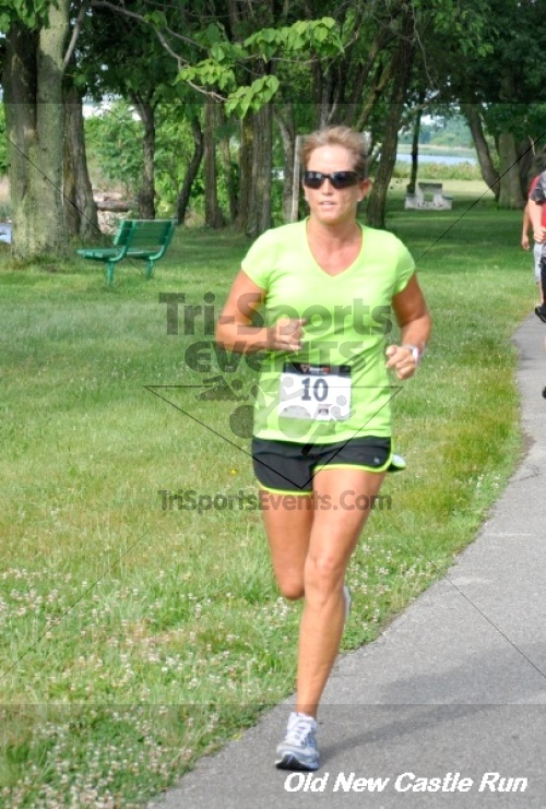 29th Old New Castle 5 Mile Run<br><br><br><br><a href='https://www.trisportsevents.com/pics/12_Old_New_Castle_5_Miler_103.JPG' download='12_Old_New_Castle_5_Miler_103.JPG'>Click here to download.</a><Br><a href='http://www.facebook.com/sharer.php?u=http:%2F%2Fwww.trisportsevents.com%2Fpics%2F12_Old_New_Castle_5_Miler_103.JPG&t=29th Old New Castle 5 Mile Run' target='_blank'><img src='images/fb_share.png' width='100'></a>