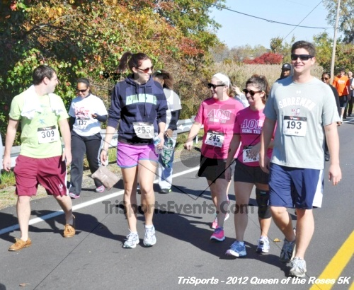 Queen of the Roses 5K Run/Walk<br><br><br><br><a href='https://www.trisportsevents.com/pics/12_Queen_of_Roses_5K_066.JPG' download='12_Queen_of_Roses_5K_066.JPG'>Click here to download.</a><Br><a href='http://www.facebook.com/sharer.php?u=http:%2F%2Fwww.trisportsevents.com%2Fpics%2F12_Queen_of_Roses_5K_066.JPG&t=Queen of the Roses 5K Run/Walk' target='_blank'><img src='images/fb_share.png' width='100'></a>