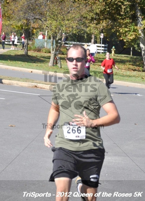 Queen of the Roses 5K Run/Walk<br><br><br><br><a href='https://www.trisportsevents.com/pics/12_Queen_of_Roses_5K_117.JPG' download='12_Queen_of_Roses_5K_117.JPG'>Click here to download.</a><Br><a href='http://www.facebook.com/sharer.php?u=http:%2F%2Fwww.trisportsevents.com%2Fpics%2F12_Queen_of_Roses_5K_117.JPG&t=Queen of the Roses 5K Run/Walk' target='_blank'><img src='images/fb_share.png' width='100'></a>