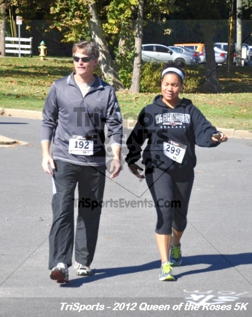 Queen of the Roses 5K Run/Walk<br><br><br><br><a href='https://www.trisportsevents.com/pics/12_Queen_of_Roses_5K_172.JPG' download='12_Queen_of_Roses_5K_172.JPG'>Click here to download.</a><Br><a href='http://www.facebook.com/sharer.php?u=http:%2F%2Fwww.trisportsevents.com%2Fpics%2F12_Queen_of_Roses_5K_172.JPG&t=Queen of the Roses 5K Run/Walk' target='_blank'><img src='images/fb_share.png' width='100'></a>