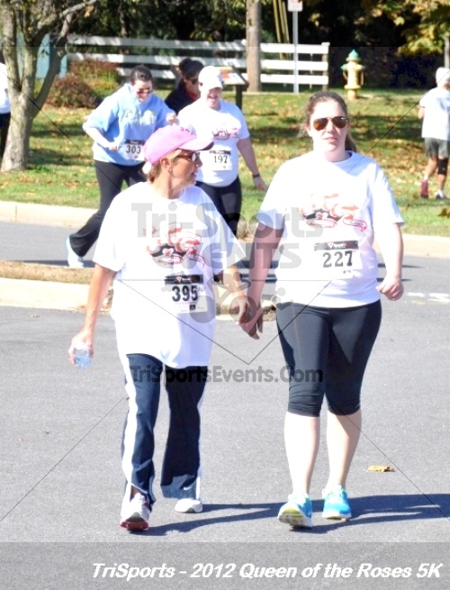 Queen of the Roses 5K Run/Walk<br><br><br><br><a href='https://www.trisportsevents.com/pics/12_Queen_of_Roses_5K_186.JPG' download='12_Queen_of_Roses_5K_186.JPG'>Click here to download.</a><Br><a href='http://www.facebook.com/sharer.php?u=http:%2F%2Fwww.trisportsevents.com%2Fpics%2F12_Queen_of_Roses_5K_186.JPG&t=Queen of the Roses 5K Run/Walk' target='_blank'><img src='images/fb_share.png' width='100'></a>