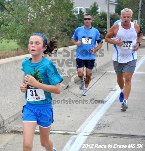 Race to Erase MS 5K Run/Walk<br><br><br><br><a href='http://www.trisportsevents.com/pics/12_Race_to_Erase_MS_5K_101.JPG' download='12_Race_to_Erase_MS_5K_101.JPG'>Click here to download.</a><Br><a href='http://www.facebook.com/sharer.php?u=http:%2F%2Fwww.trisportsevents.com%2Fpics%2F12_Race_to_Erase_MS_5K_101.JPG&t=Race to Erase MS 5K Run/Walk' target='_blank'><img src='images/fb_share.png' width='100'></a>