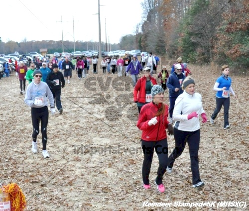 14th Milford High School XC Reindeer Stampede 5K<br><br><br><br><a href='https://www.trisportsevents.com/pics/12_Reindeer_Stampede_(Milford)_019.JPG' download='12_Reindeer_Stampede_(Milford)_019.JPG'>Click here to download.</a><Br><a href='http://www.facebook.com/sharer.php?u=http:%2F%2Fwww.trisportsevents.com%2Fpics%2F12_Reindeer_Stampede_(Milford)_019.JPG&t=14th Milford High School XC Reindeer Stampede 5K' target='_blank'><img src='images/fb_share.png' width='100'></a>