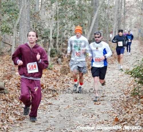 14th Milford High School XC Reindeer Stampede 5K<br><br><br><br><a href='https://www.trisportsevents.com/pics/12_Reindeer_Stampede_(Milford)_056.JPG' download='12_Reindeer_Stampede_(Milford)_056.JPG'>Click here to download.</a><Br><a href='http://www.facebook.com/sharer.php?u=http:%2F%2Fwww.trisportsevents.com%2Fpics%2F12_Reindeer_Stampede_(Milford)_056.JPG&t=14th Milford High School XC Reindeer Stampede 5K' target='_blank'><img src='images/fb_share.png' width='100'></a>