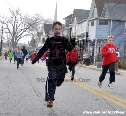 Rock Hall Reindeer Stampede 5K Run/Walk<br><br><br><br><a href='https://www.trisportsevents.com/pics/12_Rock_Hall_5K_002.JPG' download='12_Rock_Hall_5K_002.JPG'>Click here to download.</a><Br><a href='http://www.facebook.com/sharer.php?u=http:%2F%2Fwww.trisportsevents.com%2Fpics%2F12_Rock_Hall_5K_002.JPG&t=Rock Hall Reindeer Stampede 5K Run/Walk' target='_blank'><img src='images/fb_share.png' width='100'></a>