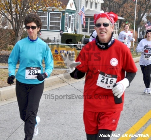 Rock Hall Reindeer Stampede 5K Run/Walk<br><br><br><br><a href='https://www.trisportsevents.com/pics/12_Rock_Hall_5K_032.JPG' download='12_Rock_Hall_5K_032.JPG'>Click here to download.</a><Br><a href='http://www.facebook.com/sharer.php?u=http:%2F%2Fwww.trisportsevents.com%2Fpics%2F12_Rock_Hall_5K_032.JPG&t=Rock Hall Reindeer Stampede 5K Run/Walk' target='_blank'><img src='images/fb_share.png' width='100'></a>