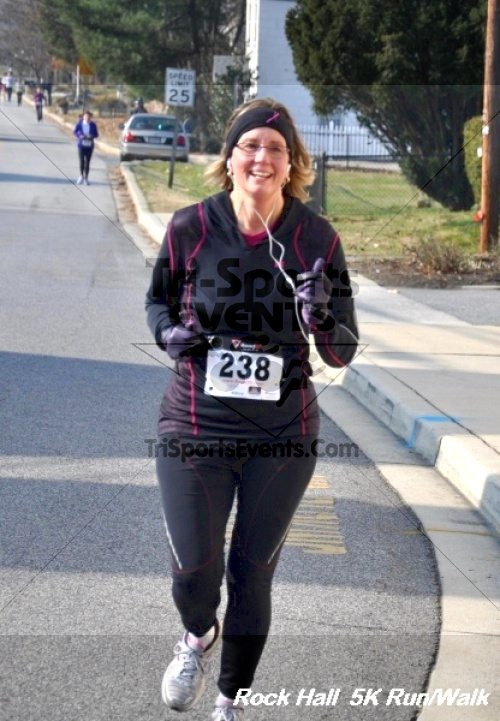 Rock Hall Reindeer Stampede 5K Run/Walk<br><br><br><br><a href='https://www.trisportsevents.com/pics/12_Rock_Hall_5K_086.JPG' download='12_Rock_Hall_5K_086.JPG'>Click here to download.</a><Br><a href='http://www.facebook.com/sharer.php?u=http:%2F%2Fwww.trisportsevents.com%2Fpics%2F12_Rock_Hall_5K_086.JPG&t=Rock Hall Reindeer Stampede 5K Run/Walk' target='_blank'><img src='images/fb_share.png' width='100'></a>