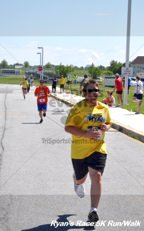 Ryan's Race 5K Run/Walk<br><br><br><br><a href='https://www.trisportsevents.com/pics/12_Ryan's_Race_5K_150.JPG' download='12_Ryan's_Race_5K_150.JPG'>Click here to download.</a><Br><a href='http://www.facebook.com/sharer.php?u=http:%2F%2Fwww.trisportsevents.com%2Fpics%2F12_Ryan's_Race_5K_150.JPG&t=Ryan's Race 5K Run/Walk' target='_blank'><img src='images/fb_share.png' width='100'></a>