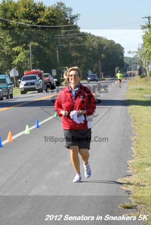 Senators in Sneakers 5K Run/Walk<br><br><br><br><a href='http://www.trisportsevents.com/pics/12_Senators_in_Sneakers_5K_180.JPG' download='12_Senators_in_Sneakers_5K_180.JPG'>Click here to download.</a><Br><a href='http://www.facebook.com/sharer.php?u=http:%2F%2Fwww.trisportsevents.com%2Fpics%2F12_Senators_in_Sneakers_5K_180.JPG&t=Senators in Sneakers 5K Run/Walk' target='_blank'><img src='images/fb_share.png' width='100'></a>