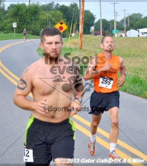 Gator Gallop 5K Run/Walk & 5 Mile Run<br><br><br><br><a href='https://www.trisportsevents.com/pics/13Gator_Gallop_5K_006.JPG' download='13Gator_Gallop_5K_006.JPG'>Click here to download.</a><Br><a href='http://www.facebook.com/sharer.php?u=http:%2F%2Fwww.trisportsevents.com%2Fpics%2F13Gator_Gallop_5K_006.JPG&t=Gator Gallop 5K Run/Walk & 5 Mile Run' target='_blank'><img src='images/fb_share.png' width='100'></a>