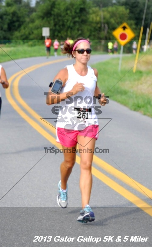 Gator Gallop 5K Run/Walk & 5 Mile Run<br><br><br><br><a href='http://www.trisportsevents.com/pics/13Gator_Gallop_5K_016.JPG' download='13Gator_Gallop_5K_016.JPG'>Click here to download.</a><Br><a href='http://www.facebook.com/sharer.php?u=http:%2F%2Fwww.trisportsevents.com%2Fpics%2F13Gator_Gallop_5K_016.JPG&t=Gator Gallop 5K Run/Walk & 5 Mile Run' target='_blank'><img src='images/fb_share.png' width='100'></a>