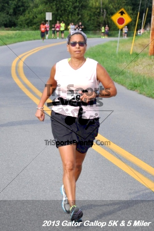 Gator Gallop 5K Run/Walk & 5 Mile Run<br><br><br><br><a href='http://www.trisportsevents.com/pics/13Gator_Gallop_5K_017.JPG' download='13Gator_Gallop_5K_017.JPG'>Click here to download.</a><Br><a href='http://www.facebook.com/sharer.php?u=http:%2F%2Fwww.trisportsevents.com%2Fpics%2F13Gator_Gallop_5K_017.JPG&t=Gator Gallop 5K Run/Walk & 5 Mile Run' target='_blank'><img src='images/fb_share.png' width='100'></a>