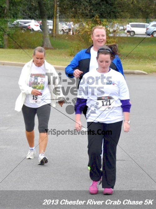Chester River Crab Chase 5K Run/Walk<br><br><br><br><a href='http://www.trisportsevents.com/pics/13_Chester_River_Crab_Chase_5K_183.JPG' download='13_Chester_River_Crab_Chase_5K_183.JPG'>Click here to download.</a><Br><a href='http://www.facebook.com/sharer.php?u=http:%2F%2Fwww.trisportsevents.com%2Fpics%2F13_Chester_River_Crab_Chase_5K_183.JPG&t=Chester River Crab Chase 5K Run/Walk' target='_blank'><img src='images/fb_share.png' width='100'></a>