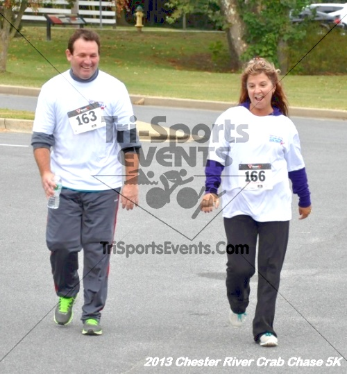 Chester River Crab Chase 5K Run/Walk<br><br><br><br><a href='http://www.trisportsevents.com/pics/13_Chester_River_Crab_Chase_5K_187.JPG' download='13_Chester_River_Crab_Chase_5K_187.JPG'>Click here to download.</a><Br><a href='http://www.facebook.com/sharer.php?u=http:%2F%2Fwww.trisportsevents.com%2Fpics%2F13_Chester_River_Crab_Chase_5K_187.JPG&t=Chester River Crab Chase 5K Run/Walk' target='_blank'><img src='images/fb_share.png' width='100'></a>