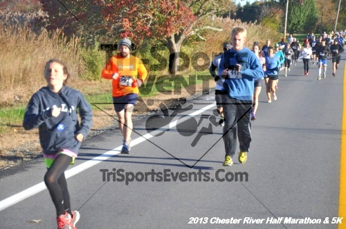 Chester River Challenge Half Marathon<br><br><br><br><a href='http://www.trisportsevents.com/pics/13_Chester_River_Half_Marathon_&_5K_008.JPG' download='13_Chester_River_Half_Marathon_&_5K_008.JPG'>Click here to download.</a><Br><a href='http://www.facebook.com/sharer.php?u=http:%2F%2Fwww.trisportsevents.com%2Fpics%2F13_Chester_River_Half_Marathon_&_5K_008.JPG&t=Chester River Challenge Half Marathon' target='_blank'><img src='images/fb_share.png' width='100'></a>