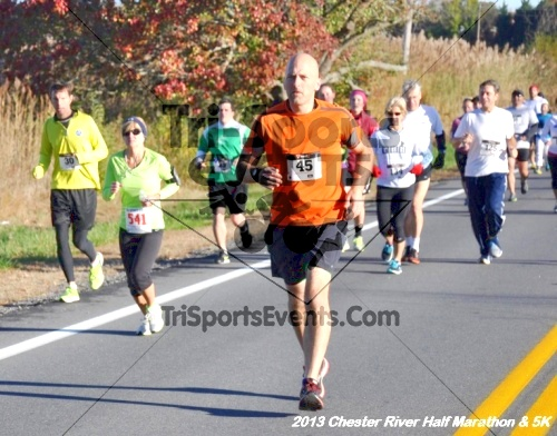 Chester River Challenge Half Marathon<br><br><br><br><a href='http://www.trisportsevents.com/pics/13_Chester_River_Half_Marathon_&_5K_021.JPG' download='13_Chester_River_Half_Marathon_&_5K_021.JPG'>Click here to download.</a><Br><a href='http://www.facebook.com/sharer.php?u=http:%2F%2Fwww.trisportsevents.com%2Fpics%2F13_Chester_River_Half_Marathon_&_5K_021.JPG&t=Chester River Challenge Half Marathon' target='_blank'><img src='images/fb_share.png' width='100'></a>