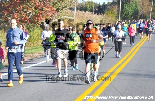 Chester River Challenge Half Marathon<br><br><br><br><a href='http://www.trisportsevents.com/pics/13_Chester_River_Half_Marathon_&_5K_031.JPG' download='13_Chester_River_Half_Marathon_&_5K_031.JPG'>Click here to download.</a><Br><a href='http://www.facebook.com/sharer.php?u=http:%2F%2Fwww.trisportsevents.com%2Fpics%2F13_Chester_River_Half_Marathon_&_5K_031.JPG&t=Chester River Challenge Half Marathon' target='_blank'><img src='images/fb_share.png' width='100'></a>