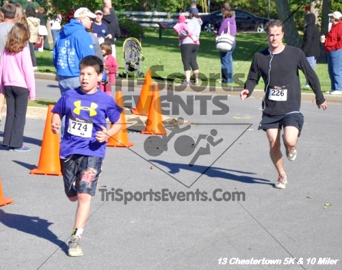 Chestertown Tea Party 5K Run/Walk and 10 Mile Run<br><br><br><br><a href='http://www.trisportsevents.com/pics/13_Chestertown_161.JPG' download='13_Chestertown_161.JPG'>Click here to download.</a><Br><a href='http://www.facebook.com/sharer.php?u=http:%2F%2Fwww.trisportsevents.com%2Fpics%2F13_Chestertown_161.JPG&t=Chestertown Tea Party 5K Run/Walk and 10 Mile Run' target='_blank'><img src='images/fb_share.png' width='100'></a>