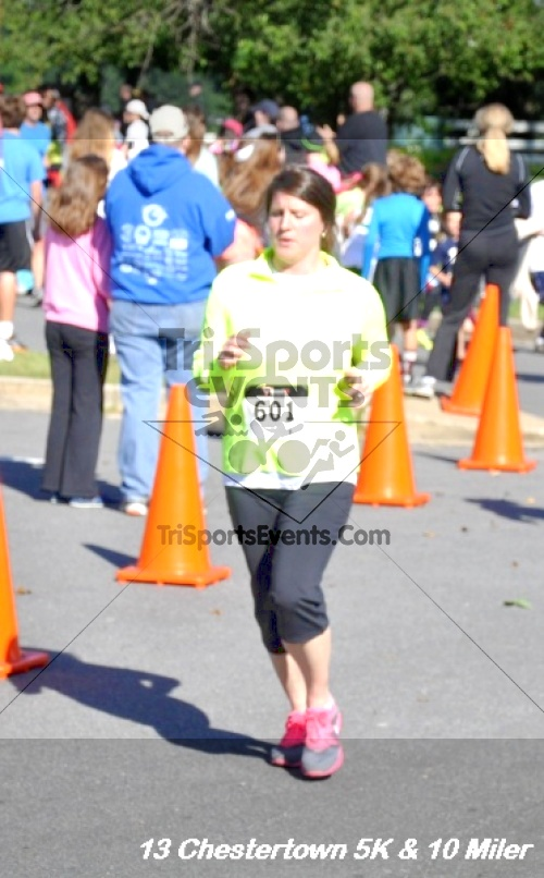 Chestertown Tea Party 5K Run/Walk and 10 Mile Run<br><br><br><br><a href='http://www.trisportsevents.com/pics/13_Chestertown_260.JPG' download='13_Chestertown_260.JPG'>Click here to download.</a><Br><a href='http://www.facebook.com/sharer.php?u=http:%2F%2Fwww.trisportsevents.com%2Fpics%2F13_Chestertown_260.JPG&t=Chestertown Tea Party 5K Run/Walk and 10 Mile Run' target='_blank'><img src='images/fb_share.png' width='100'></a>
